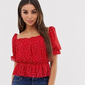 MISSGUIDED SQUARE NECK FLORAL TOP